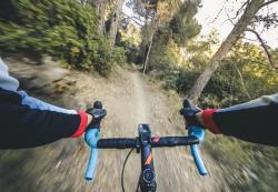Gravelbike: Sicher auf Trails und in der Stadt – Verbraucherinformation der ERGO Versicherung